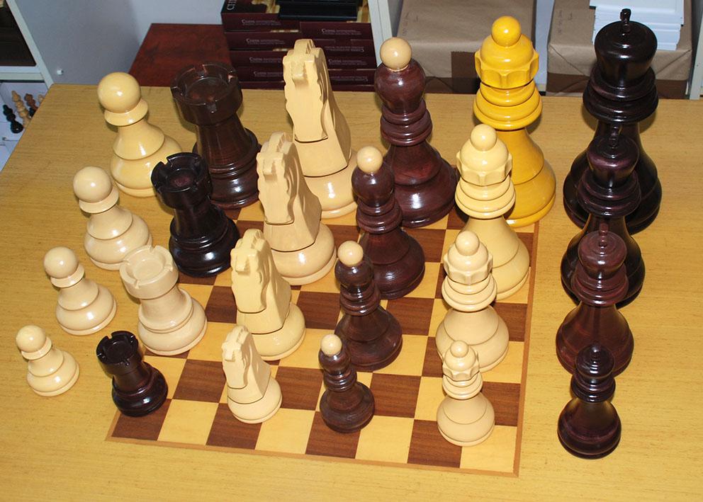 Keramičke šahovske figure